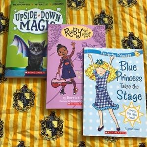 Kids books scholastic lot of 3